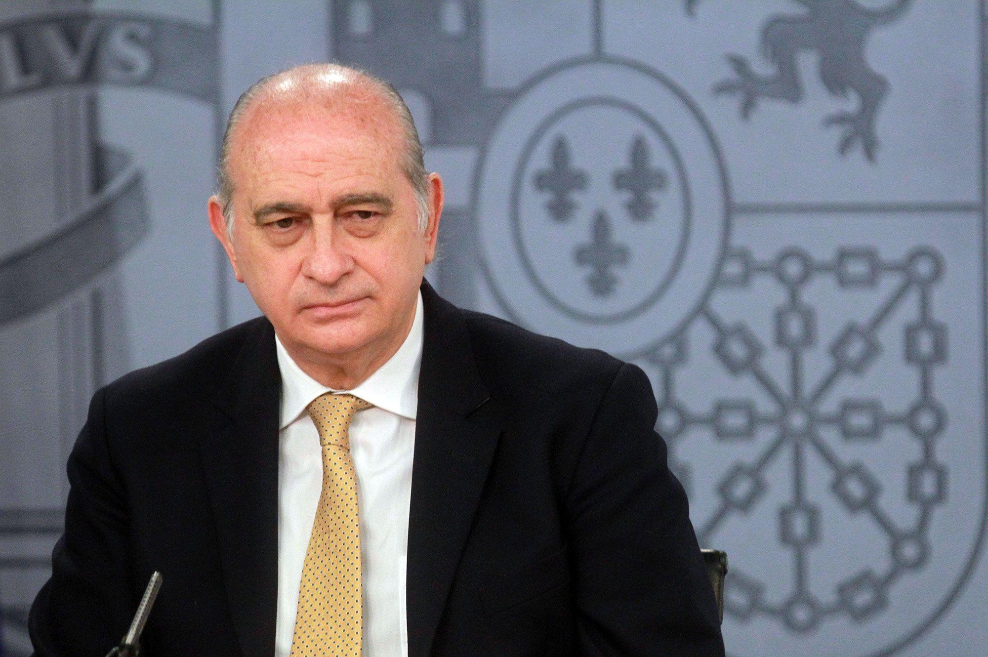 Real casino murcia el ministro del interior abre el for Ministro del interior actual